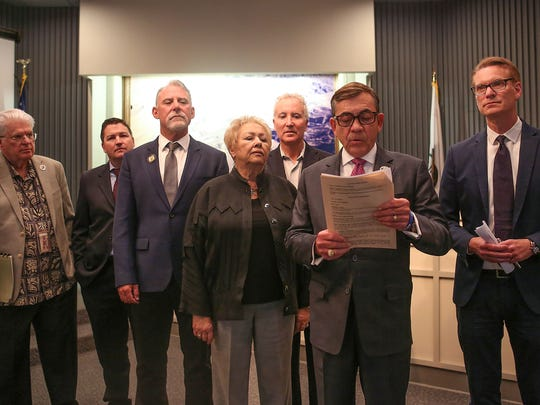 Palm Springs Mayor Robert Moon reads a prepared statement about the scandel involving former mayor Steve Pougnet and developers John Wessman and Richard Meaney, February 16, 2017.