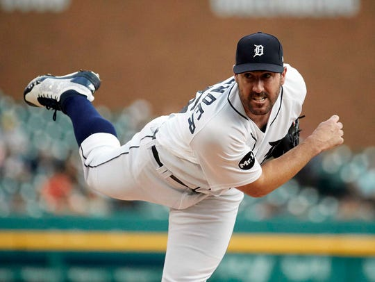 Tigers' Justin Verlander pitches in the first inning