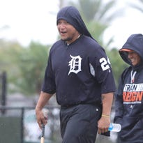 Detroit Tigers' Miguel Cabrera getting daily treatment on back