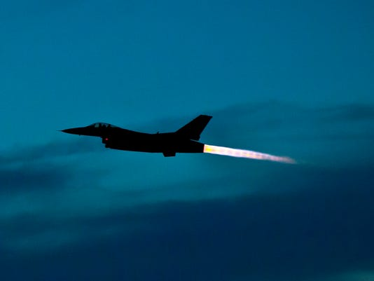 F-16s.JPG