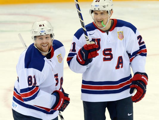 Phil Kessel show gives USA men\'s hockey team a win, bye