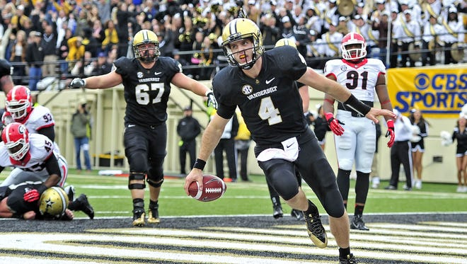 Vanderbilt quarterback Patton Robinette (4) made some big plays for the Commodores, but his career lasted only two seasons.