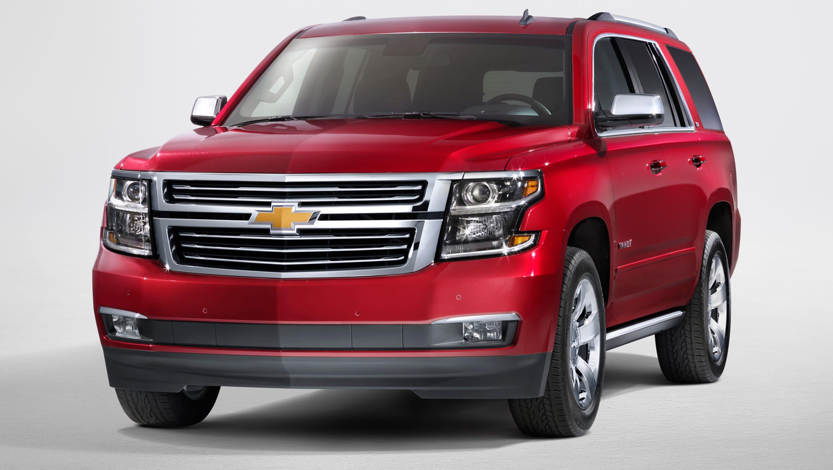 New Chevy Suburbans >> GM shows new, big Tahoes, Suburbans, Yukons