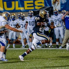 O'Connor running back Jamontae Edwards rushed for 199 yards and two touchdowns against Alamo Heights before leaving the game with a knee injury seven seconds into the fourth quarter.