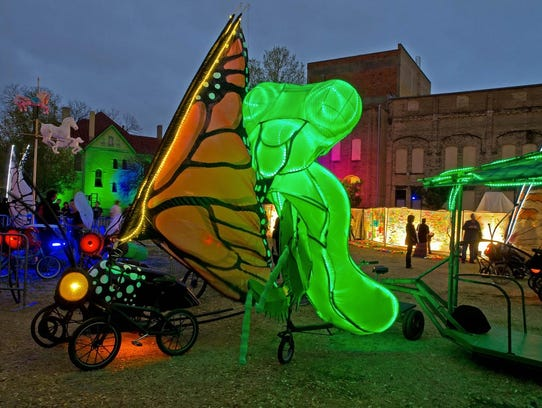 A praying mantis will be one of the art bikes created