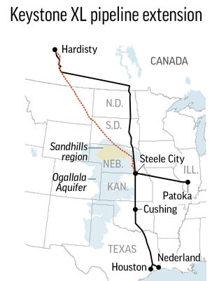 Map shows the proposed Keystone XL pipeline extension route; 2c x 4 inches; 96.3 mm x 101 mm.