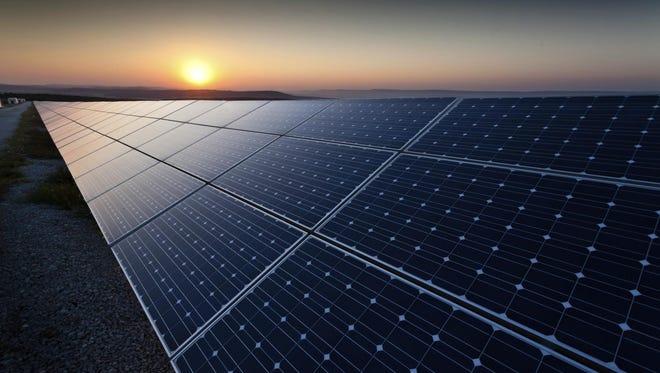 Power plant using renewable solar energy.