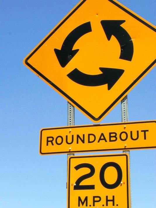 636433441765874946-roundabout3.jpg