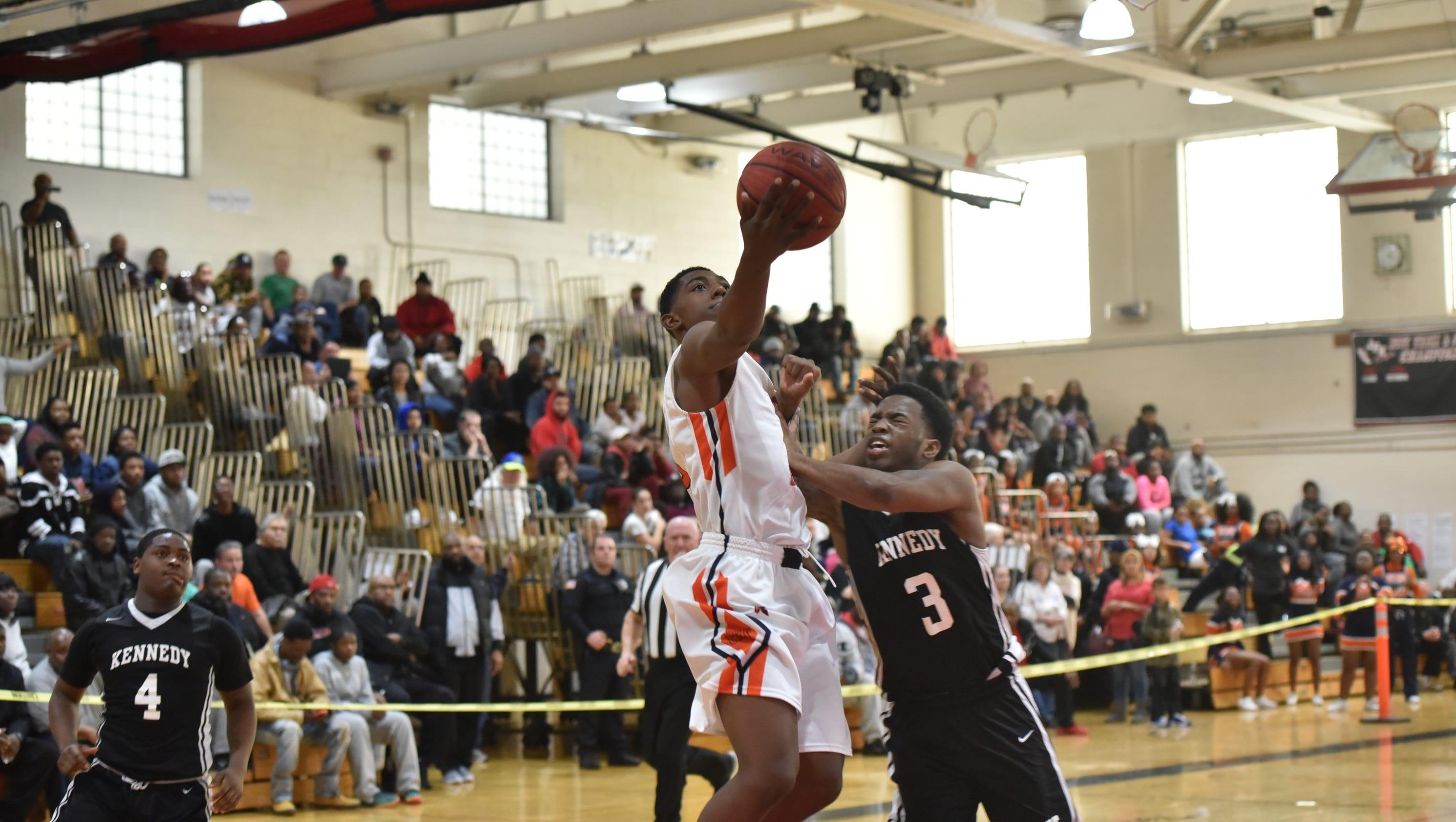 High School Basketball Games Boys basketball: Easts...