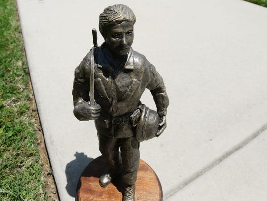 A small version of what the the bronze statue of a
