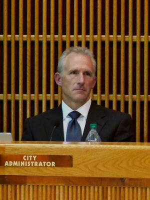 "Pensacola City Administrator Eric Olson was the subject of a ""no confidence"" discussion put forth by Pensacola City Councilman Charles Bare during the city council meeting Thursday evening."