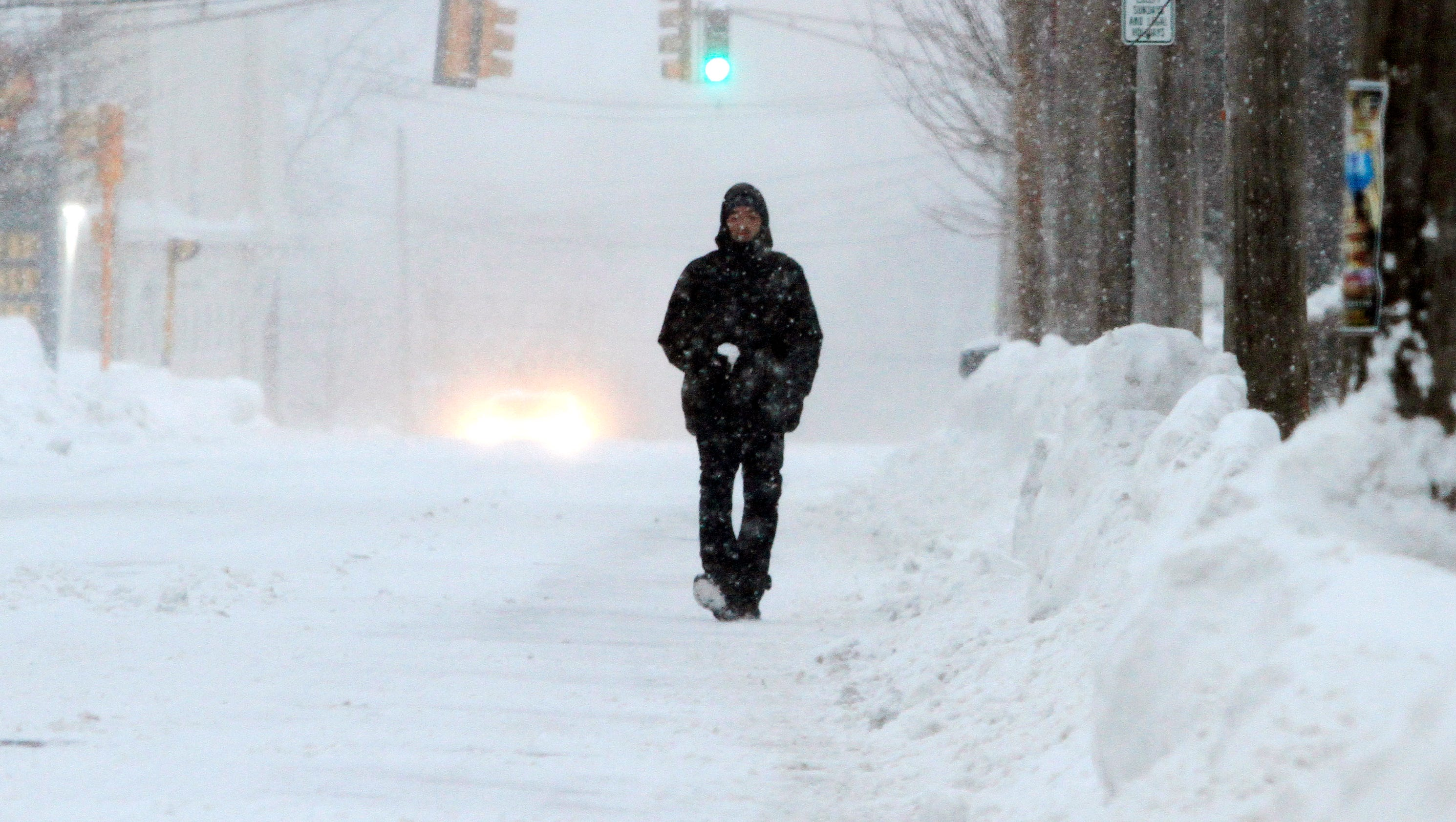 snowstorm wallops boston with 20 more inches records fall. Black Bedroom Furniture Sets. Home Design Ideas
