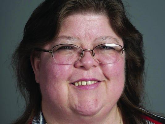 Linda Davis sig NEW.jpg