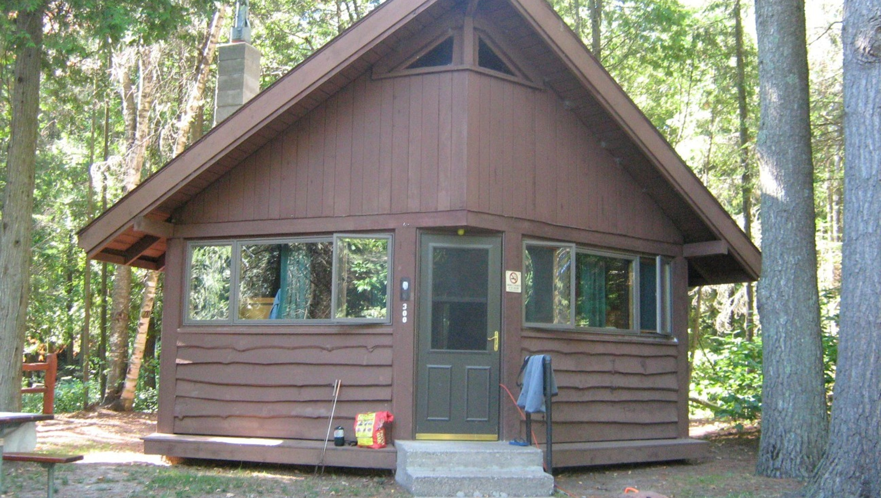 home cabins furniture island of near cheap mackinaw design mackinac stunning with ideas on