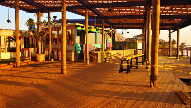 Squid Lips Overwater Bar & Grill in Cocoa Beach is not able to use its expanded deck area for outdoor seating and dining, after a 4-1 vote by the Brevard County Commission.