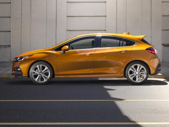 The first ever Cruze Hatch blends sporty design with