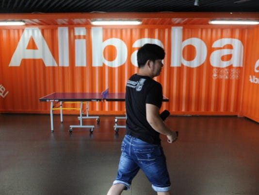 Alibaba's growth woes a lesson for Twitter IPO?