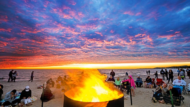 Ludington's Sunset Beach Bonfire closes out its season in August.