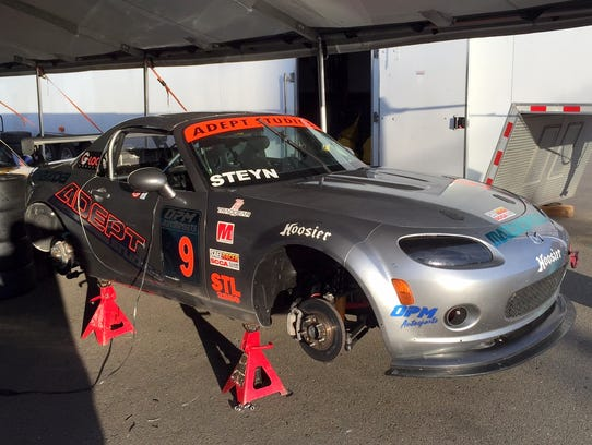 The STL class Mazda Miata of Danny Steyn, of Ft. Lauderdale.