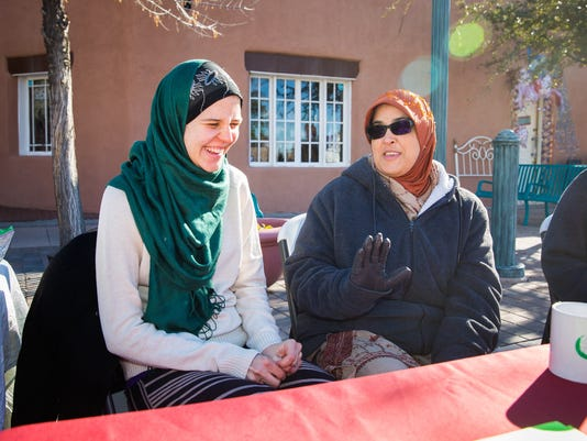 Muslim Outreach at the Farmers Market 1