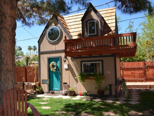 Kaminski Cool Home