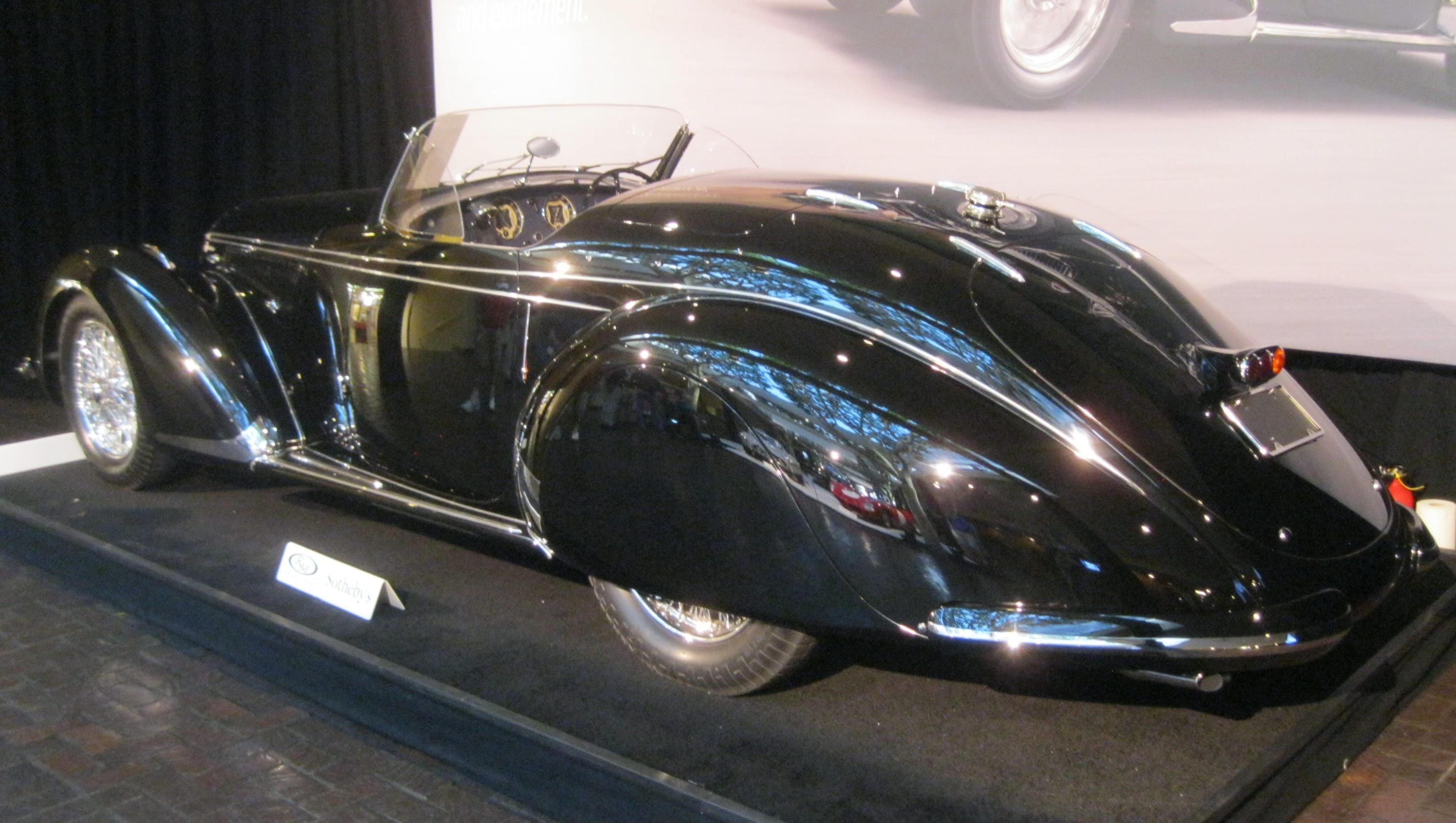 Cars set auction records in Monterey