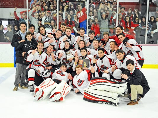 636510491881811307-Hockey-Team-Photo---Ed-Civinskas---PCT-Championship-1.16.17.JPG