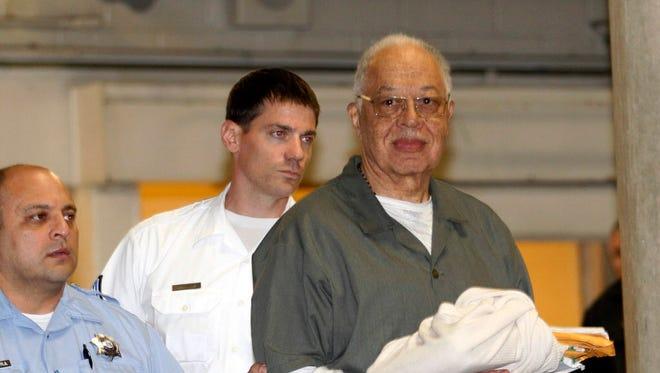 Kermit Gosnell leaving court in Philadelphia in 2013.