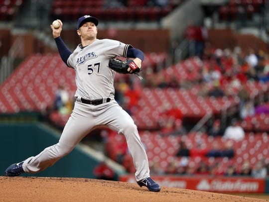Milwaukee Brewers starting pitcher Chase Anderson from