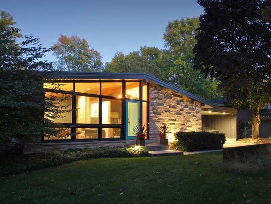 The Shapiro House was designed by Abe Tannenbaum and