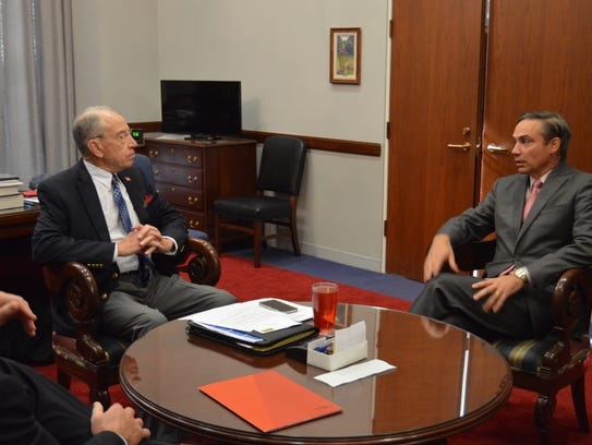 U.S. Sen. Chuck Grassley meets with Rockwell Collins