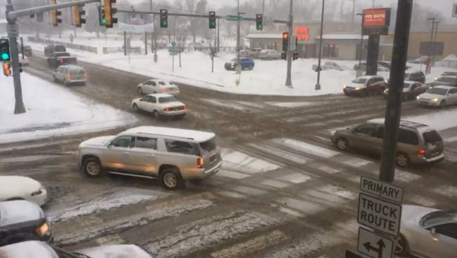 Argus Leader Snow Cam at 10th Street and Minnesota Avenue