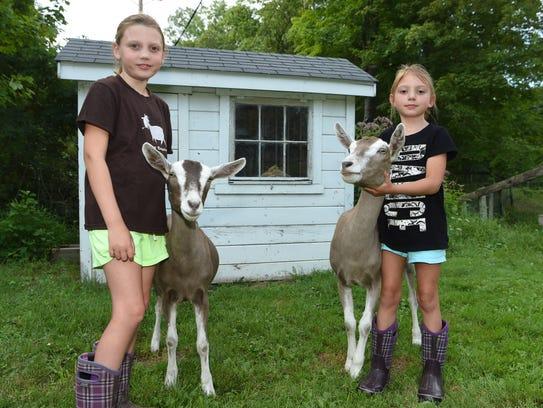 Madison Ranalli, 9, left, and sister Gianna Ranalli,