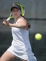 Lauren Lemonds returns a shot during the championship
