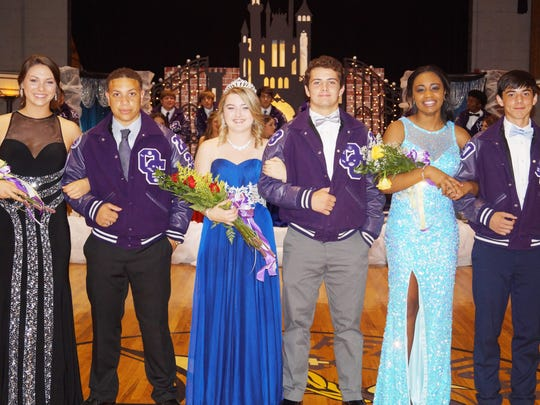 In the recent Opelousas Catholic Homecoming Coronation Program, several young ladies on the 2015 Court were selected as maids and queen.  Pictured in the finale of the program are First Maid Hannah Johnson and her escort Nicholas Alsandor; Queen Carley Stanley and her escort Elijah Waters; and Second Maid Brittany Major and her escort Louis LaBruyere.