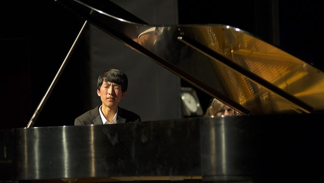 Pianist Eric Lu plays with the Cincinnati Chamber Orchestra as Kelly Kuo conducts.