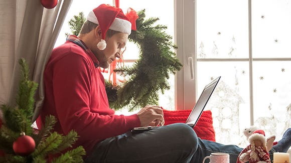how-to-job-search-this-holiday-season.jpg
