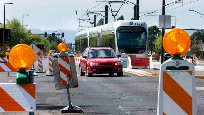 Construction on the northwest extension of the light rail system will connect Bethany Home Road to Dunlap Avenue.