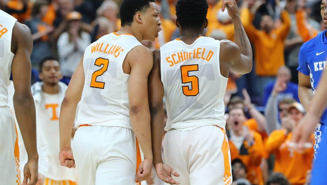 """Tennessee forwards Grant Williams and Admiral Schofield say they are the """"perfect two"""" for the Vols."""