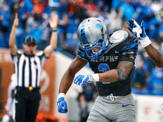 Memphis receiver Anthony Miller celebrates a touchdown