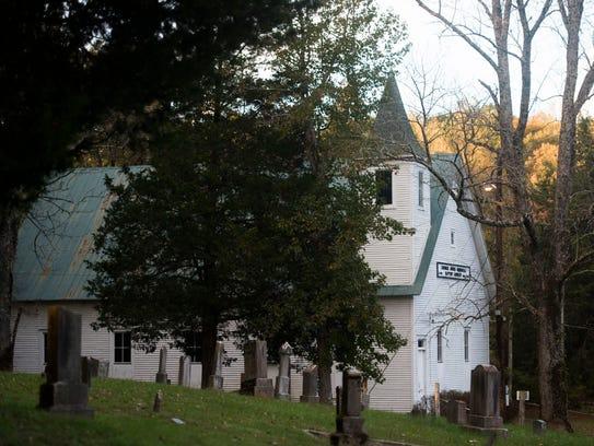 George Jones Memorial Church stands at dusk in Oak