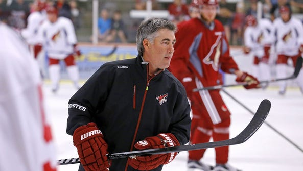 Arizona Coyotes head coach Dave Tippett during the