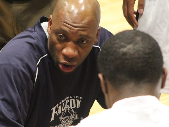 Veteran head coach Terrance Porter led Farmington to