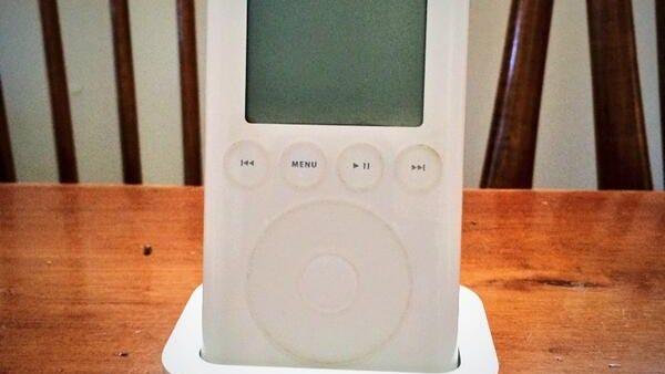 """""""#tbttech first gen iPod"""""""