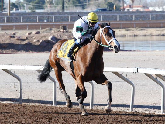Kell Paso won the El Paso Times stakes race on Sunday