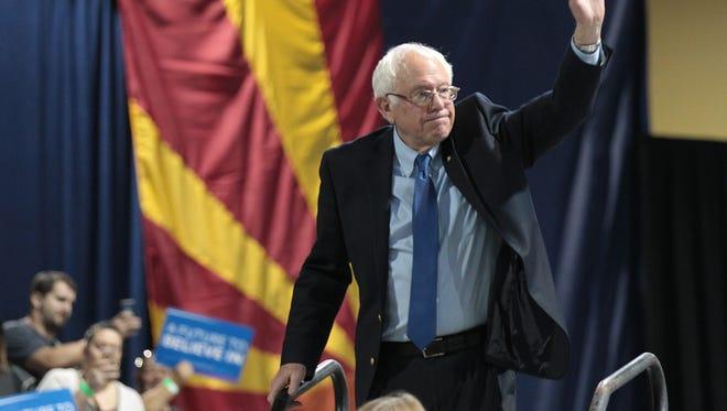 Democratic presidential candidate Bernie Sanders draws huge crowds