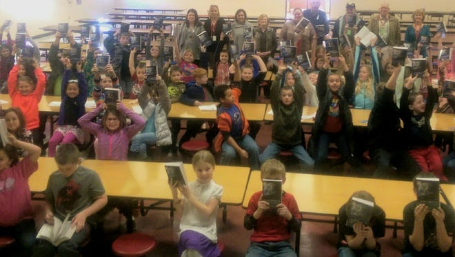 The Bull Shoals-Lakeview Rotary Club presented 91 dictionaries to the Flippin Elementary third grade students. The Club has sponsors the Dictionary Program annually.
