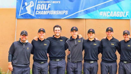 The Arizona State mens golf team poses for a photo after winning the Albuquerque regional on May 18, 2016.