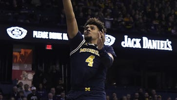 Michigan takes wait-and-see approach on Livers' ankle injury