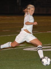 Parkside's Shelby Traum drives upfield during a Maryland girls soccer semifinals game.